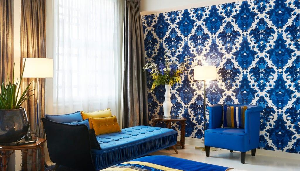 Boutique Hotel Interior Design Costa Blanca Librijes hotel Kardoen blue seating area blue