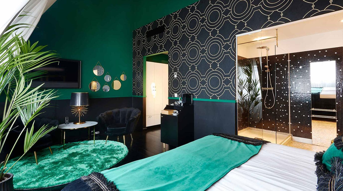 green and black Librije hotel room