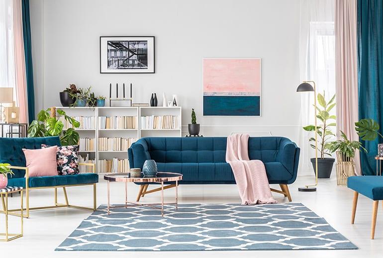 Be Bold Interiors Meubelpakket voor je (vakantie)woning aan de Costa Blanca Blauw modern woonkamer
